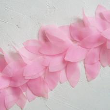 Шифоновые лепестки на ленте, цвет розовый, отрез 22 см
