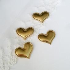 Золотое сердце из кожзама