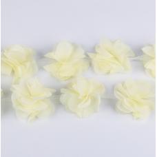 Кремовый шифоновый цветок