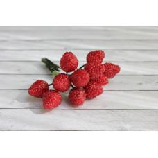 Букетик с ягодками-малинками